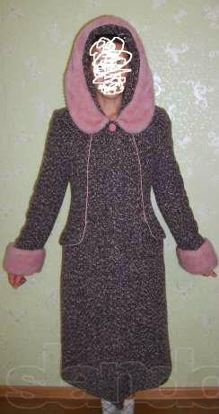 Продам шерстяное пальто Россия в Энгельсе.